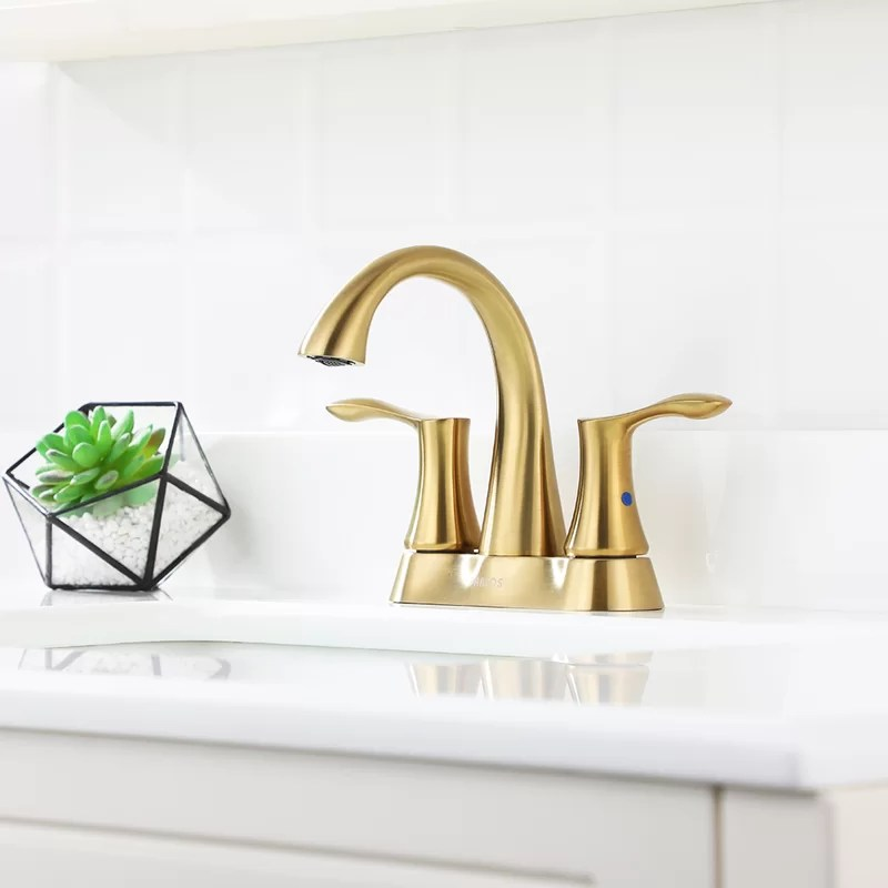 centerset bathroom faucet with drain assembly