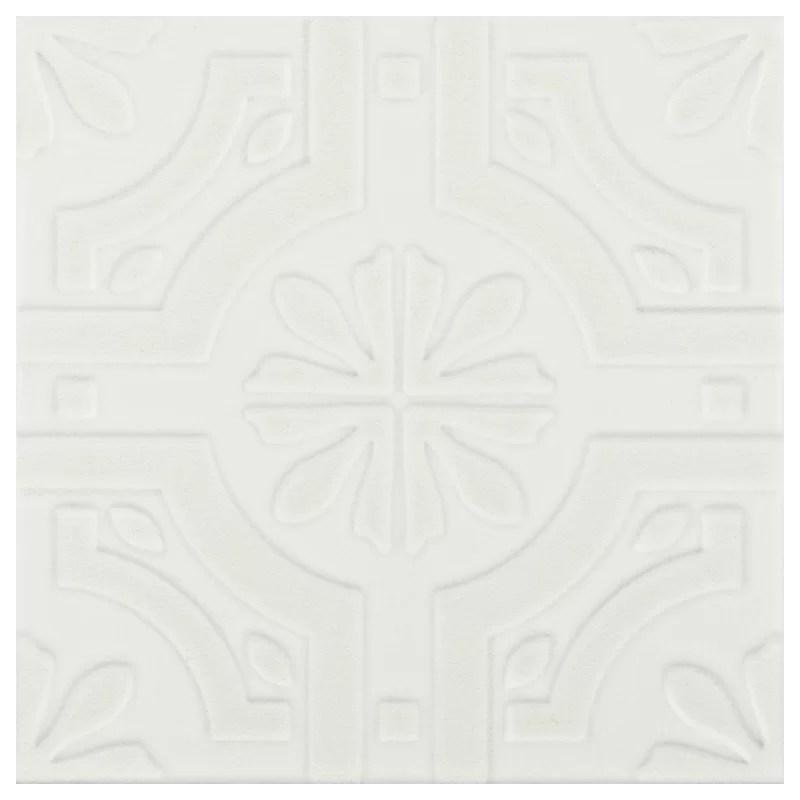 tres 8 x 8 ceramic patterned tile