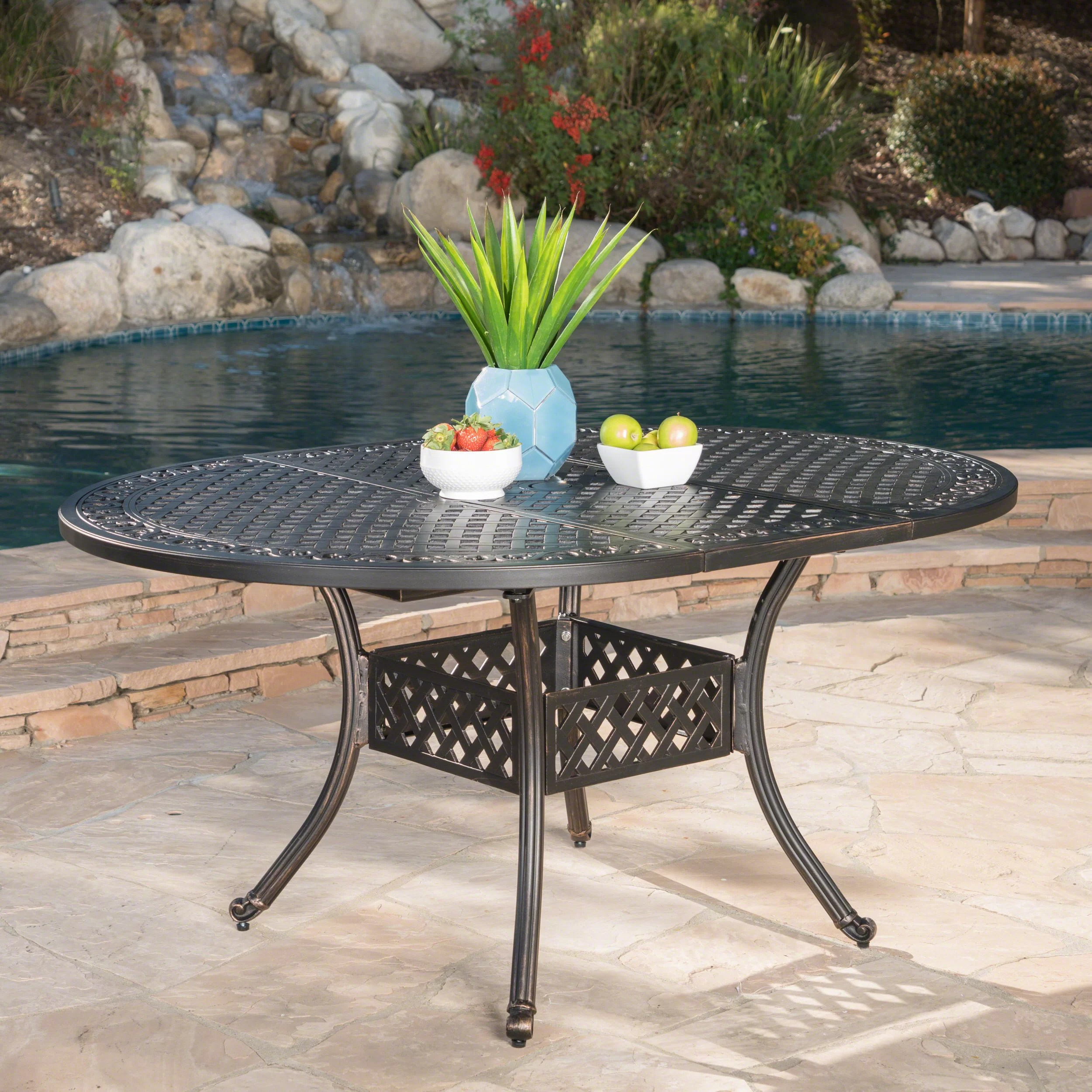 rosemont extendable metal dining table