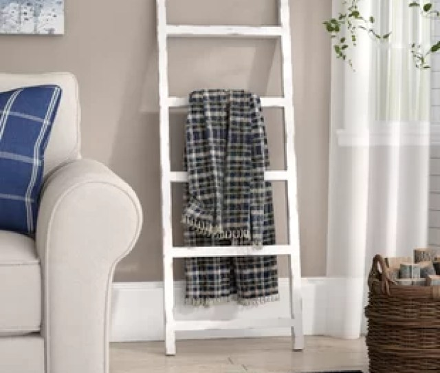 Wooden   Ft Blanket Ladder