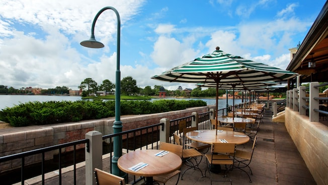 rose and crown dining room | 10 Best Walt Disney World Restaurants with a View
