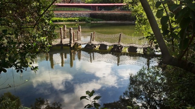 A pontoon foot bridge on Tom Sawyers Island in Frontierland