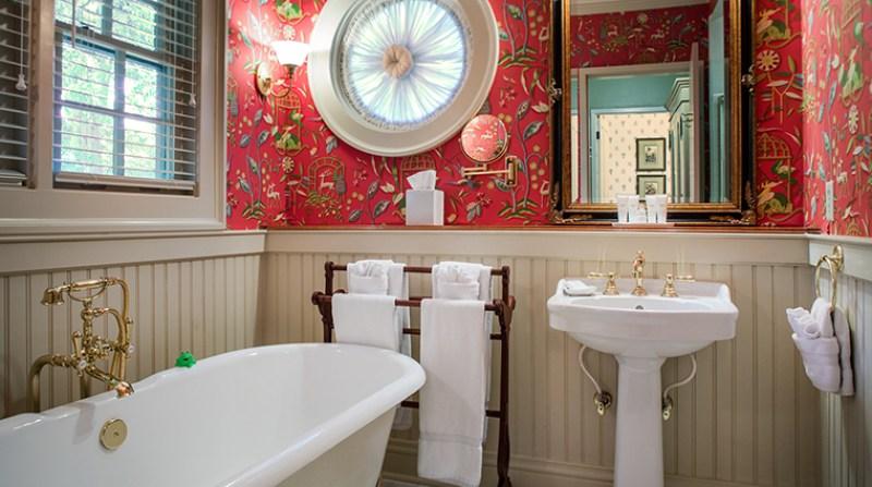 A Suites Bathroom at Barnsley Resort