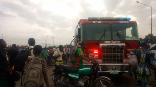 HAPPENING NOW: Buses Catch Fire After NNPC Truck Spill Its Content In Lagos