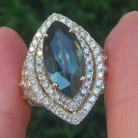 A Spectacular GIA 8.57 Ct Unheated Natural VVS Bluish Green Sapphire Diamond 14k Gold Ring
