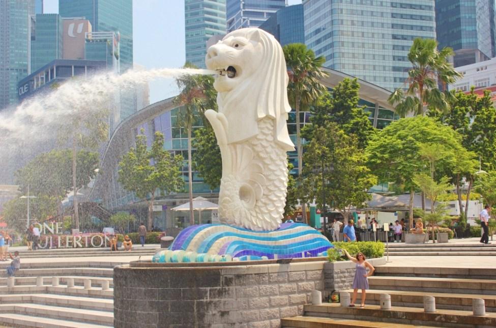 Merlion Fountain on Marina Bay Singapore