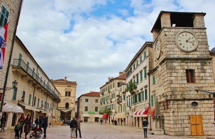 Historic Kotor: Town clock, Pillory and square IMG_3960 (1024x663)