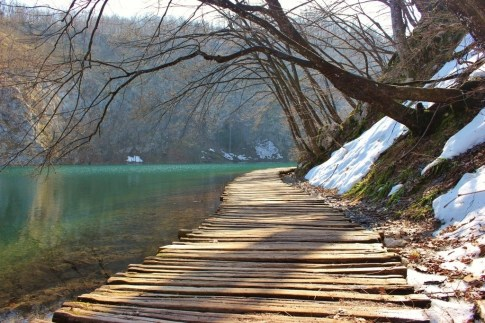 Plitvice Lakes routes through Lower Lakes