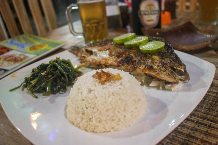 Dinner of Whole Fish at Warung Smile in Canggu, Bali, Indonesia