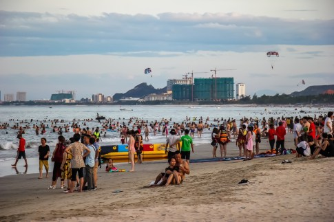 Weekend crowds at My Khe China Beach, Da Nang, Vietnam