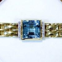 A Gorgeous Vintage 21.68ct Aquamarine 0.38ct Diamond 14K Yellow Gold Bracelet