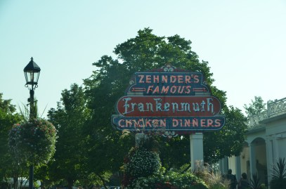 Famous Chicken Dinners. Didn't have time on this trip. Besides I don't really like bones in my food.