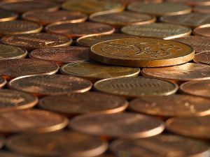 picture of a pile of pennies