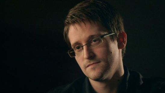 US whistleblower Edward Snowden received permanent residency by Russian authorities