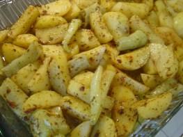 baharatli patates dilimleri