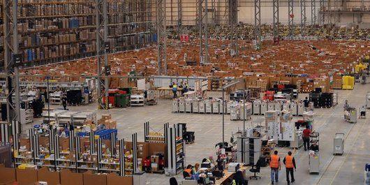 AmazonがFBA在庫保管制限数を引き上げ 長期在庫保管プログラム変更の恩恵か?