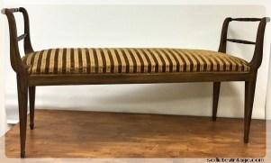 Panca con piedini ottonati - Bench with brass feet