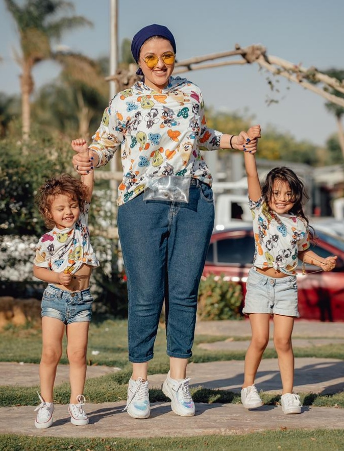 fashion designer Engy Kassab and her daughters