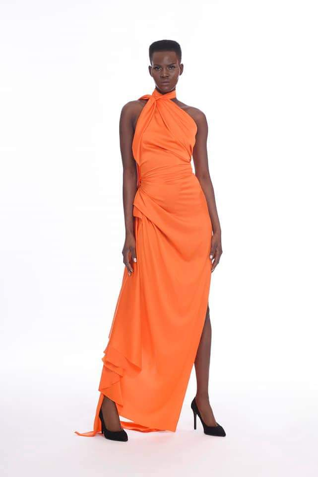 Orange collor is trendy to this summer