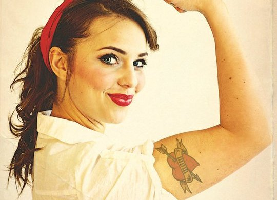 DIY Vintage Pin-Up Calendar