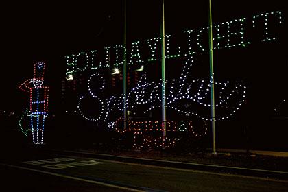 Visit the holiday light spectacular at atlanta motor for Holiday light spectacular atlanta motor speedway