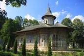 manastirea-voronet-lowres