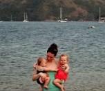 2015 - Panama - Island - Beach Julie and Twins II