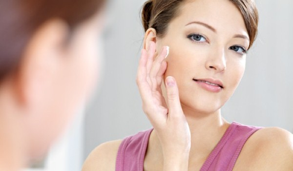 How to care your skin from your hand