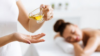 Make the best oil for a relaxing massage