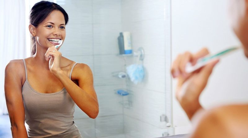 Six mistakes we make in brushing teeth