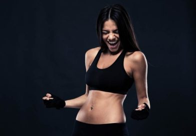 Exercise your abs with standing exercises