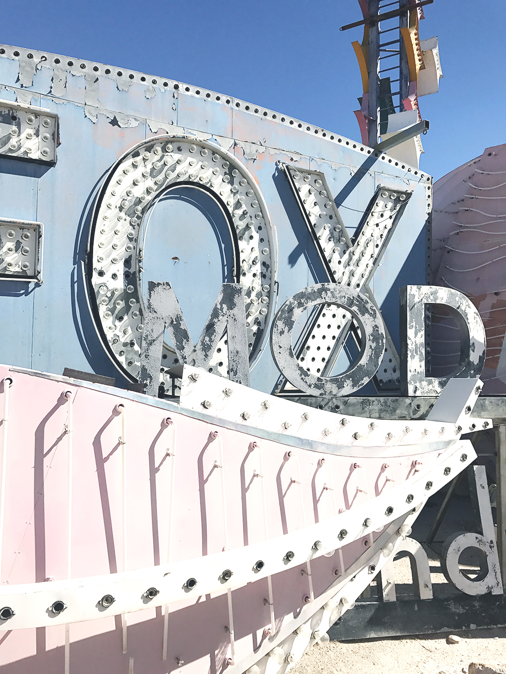 las vegas neon museum pink and baby blue fox pretty vintage signs