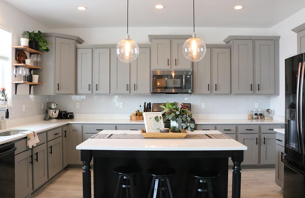 Enjoyable Inexpensive Modern Kitchen Update Seeking Alexi Diy Boss Download Free Architecture Designs Scobabritishbridgeorg
