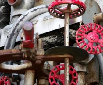 Rail car valve work