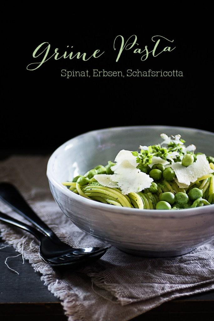 Grüne Pasta mit Schafsricotta, Erbsen und Spinat | seelenschmeichelei.de  Green Spaghetti with sheep ricotta,  green peas and baby spinach