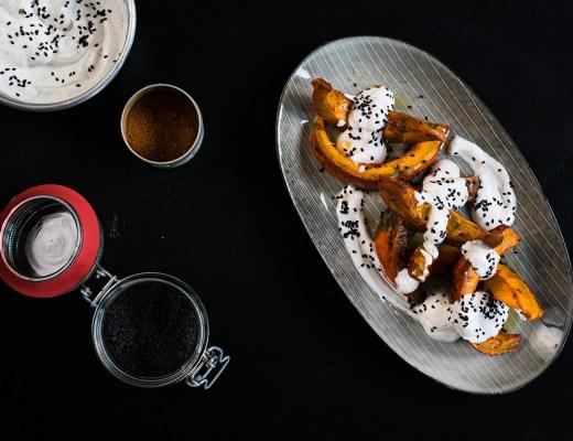 Süß scharfer Ofenkürbis mit Ziegenfrischkäsecreme | seelenschmeichelei.de