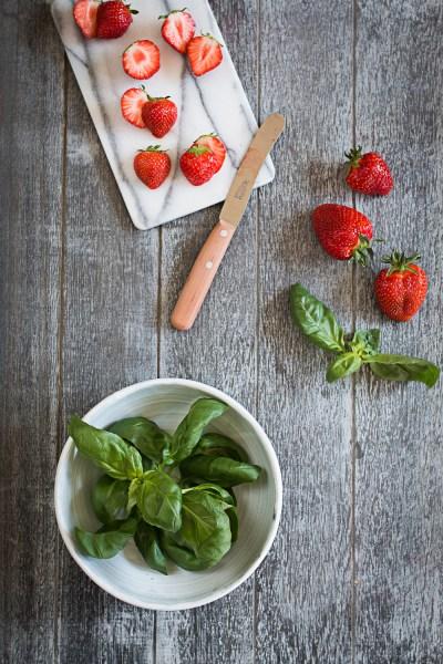 Basil Ice Cream | Balsamic Strawberries |seelenschmeichelei.de