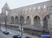 Aussicht vom Hotelzimmer auf die Barfüßerkirche.