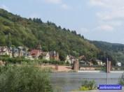 überm Neckar drüben