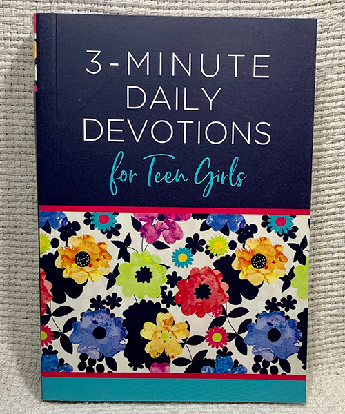3-Minute Daily Devotions for Teen Girls book