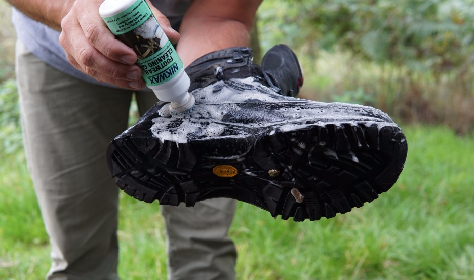 Washing my Mammut Trovat High boots with Nikwax boot wash