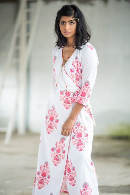 You can aso wear this as a kurta.