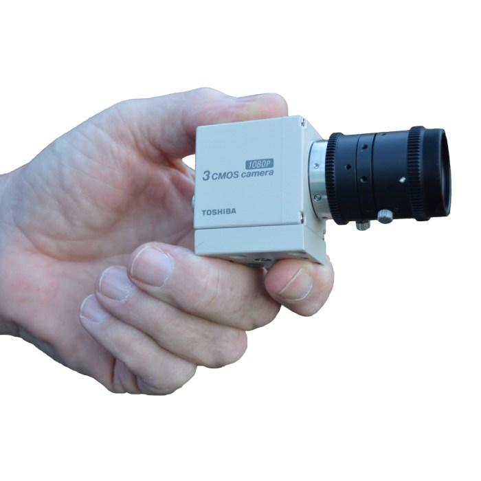 Canon IK-HD3H in hand
