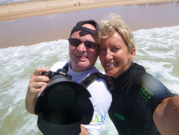 Patrick et Caro, deux de nos photographes See Surf en mode selfie
