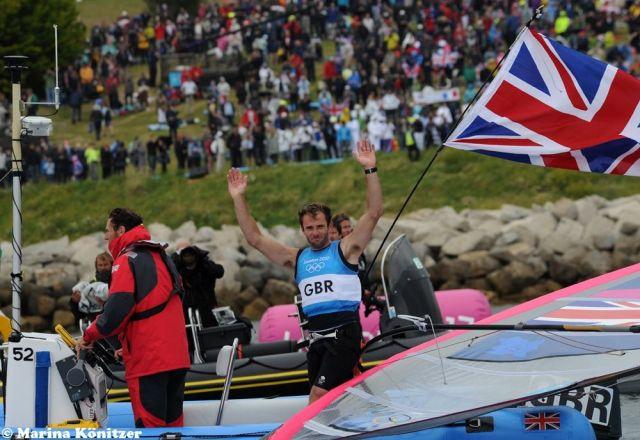 Der erfahrene Brite Nick Dempsey (32) freut sich über Silber. Er hat schon eine Bronzemedaille aus Athen 2004. © Marina Könitzer