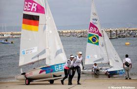 Kathrin Kadelbach und Friederike Belcher liegen vor dem Medalrace auf Platz acht. © Marina Könitzer