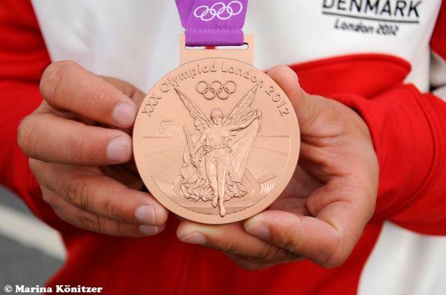 So sieht eine Bronzemedaille aus. © Marina Könitzer