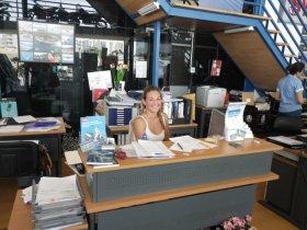 Stefanie Balzer Tochter des Familienbetriebes Balzer verantwortlich fŸür die 0,00 € Reparatur meines Außenborders @ A.Gabriel