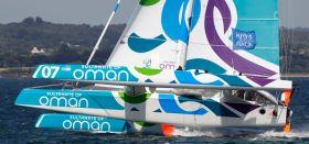Der MOD70 aus dem Oman wurde beim ersten Atlantik Race nach einem Foil Schaden unter Wert geschlagen. © Oman Sail