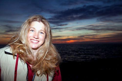 Die Britin Zara Davis ist die schnellste Windsurferin der Welt.